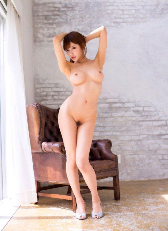 【明日花キララ】アップデートする度に顔が変わるセクシー女優をエロGIFでご覧ください(323枚)・71枚目