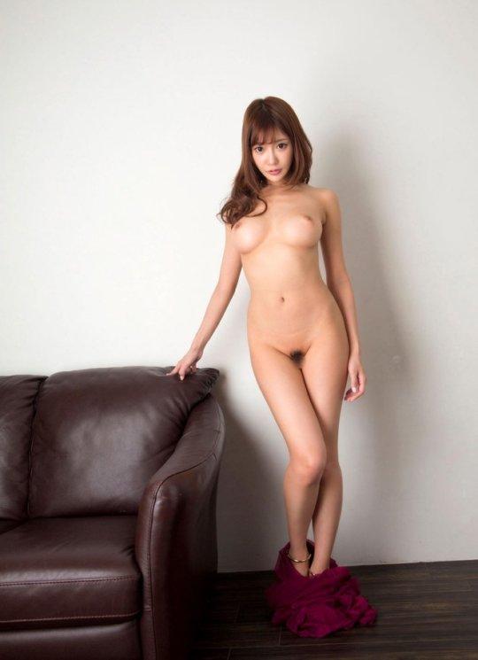 【明日花キララ】アップデートする度に顔が変わるセクシー女優をエロGIFでご覧ください(323枚)・102枚目
