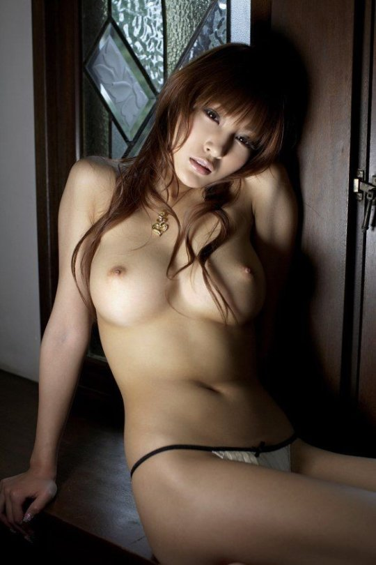 【明日花キララ】アップデートする度に顔が変わるセクシー女優をエロGIFでご覧ください(523枚)・314枚目