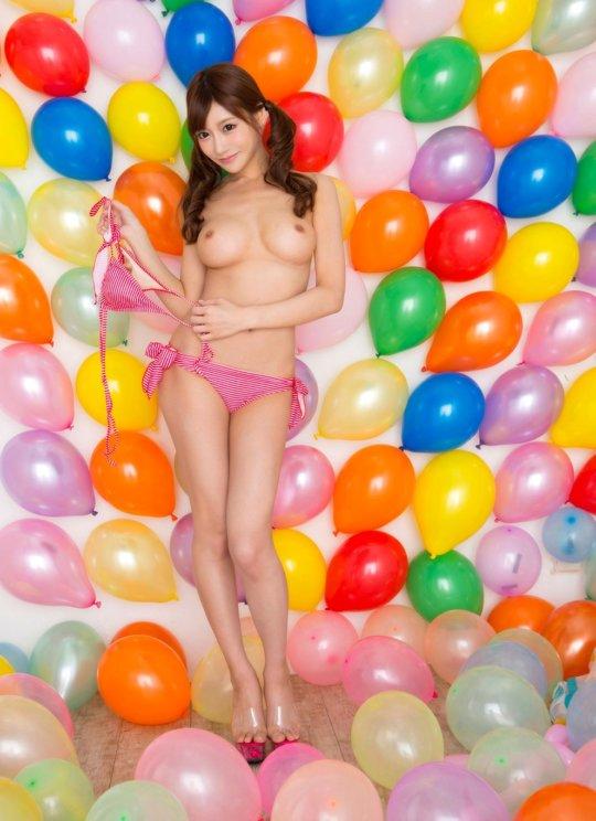 【明日花キララ】アップデートする度に顔が変わるセクシー女優をエロGIFでご覧ください(523枚)・327枚目