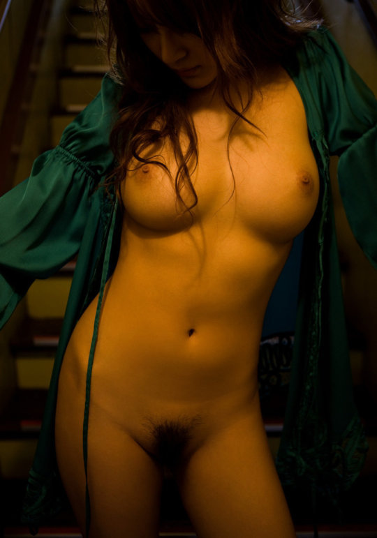 【明日花キララ】アップデートする度に顔が変わるセクシー女優をエロGIFでご覧ください(523枚)・338枚目
