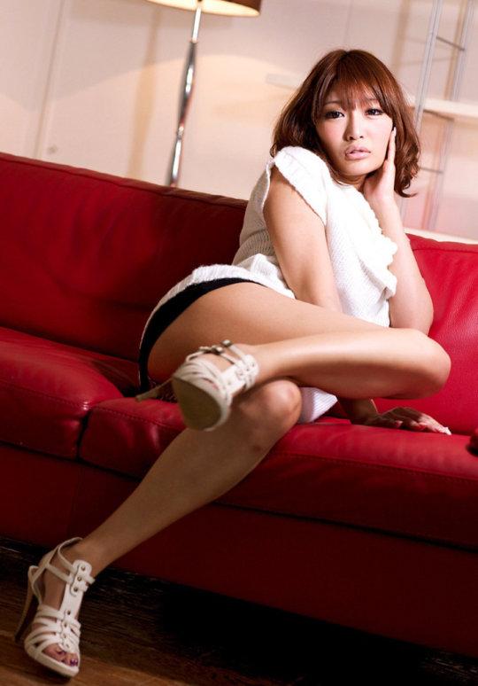 【明日花キララ】アップデートする度に顔が変わるセクシー女優をエロGIFでご覧ください(323枚)・149枚目