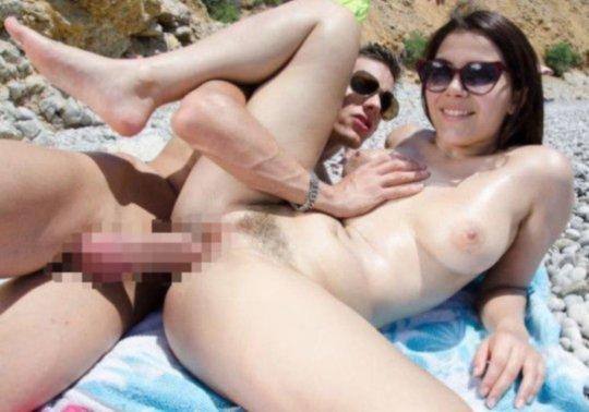 """""""ヌーディストビーチ""""でフェラ・セックスしてる女たち、ルールどうなってんの??(454枚)・265枚目"""