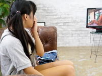 【興味津々】田舎の1●歳美少女にボッキペニスを見せた時の反応wwwww