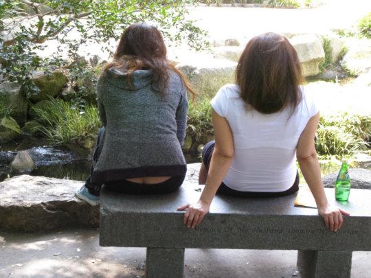 【ほぼ痴女】日本では即効で廃れてしまったローライズ半ケツ見せまんさん、そりゃ廃れるわwwwwwwwww(画像30枚)・17枚目