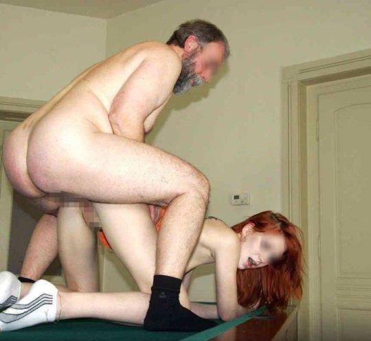 【歳の差セックス】大国アメリカの真の勝ち組の様子、こいつ等普通に逮捕されるだろ・・・・・(画像30枚)・12枚目