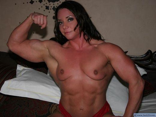 (ゴリマッチョえろ)筋肉好きワイ将、遂にゴリマッチョ外人ネキで抜くようになるwwwwwwwwwwwwwwww(写真30枚)