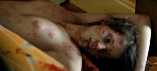 【※閲覧注意】巨乳女の殺人事件。どの遺体が一番抜ける???(画像あり)・15枚目