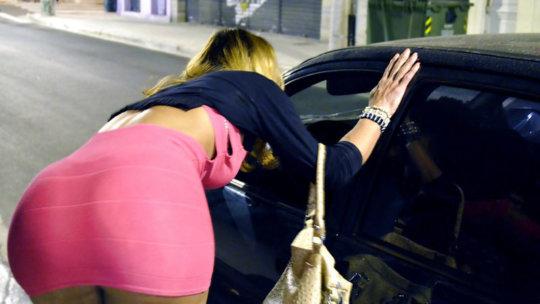 【売春エロ】3ドルでセックスできる売春婦。幼い娘からBBAまで・・・・(画像あり)・33枚目