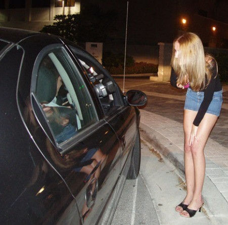 【売春エロ】3ドルでセックスできる売春婦。幼い娘からBBAまで・・・・(画像あり)・41枚目