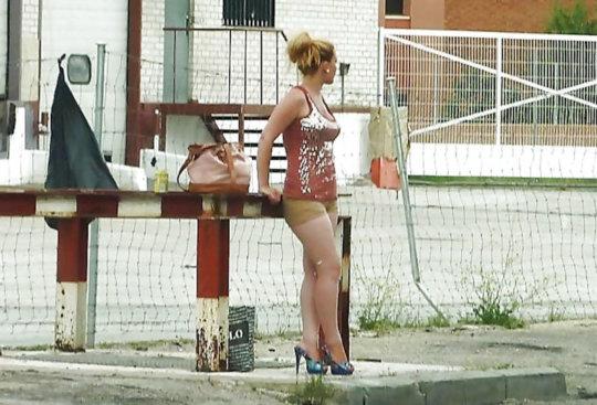 【売春エロ】3ドルでセックスできる売春婦。幼い娘からBBAまで・・・・(画像あり)・69枚目