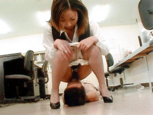 「クリトリス」を舐められヒックヒクが止まらない女さんをご覧くださいwwwwww(画像あり)・81枚目