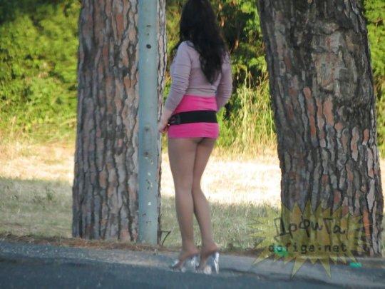 【売春エロ】3ドルでセックスできる売春婦。幼い娘からBBAまで・・・・(画像あり)・19枚目