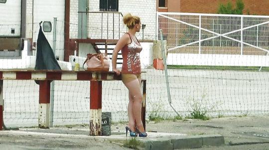 【売春エロ】3ドルでセックスできる売春婦。幼い娘からBBAまで・・・・(画像あり)・40枚目