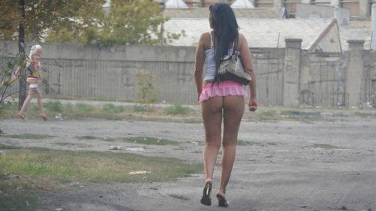 【売春エロ】3ドルでセックスできる売春婦。幼い娘からBBAまで・・・・(画像あり)・54枚目