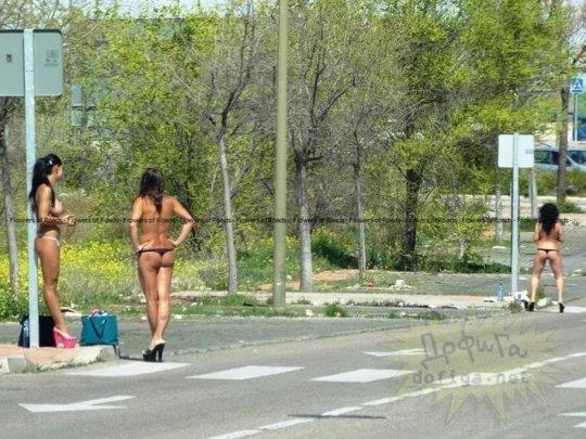 【売春エロ】3ドルでセックスできる売春婦。幼い娘からBBAまで・・・・(画像あり)・55枚目