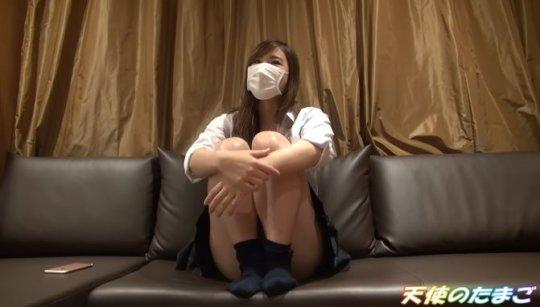 【動画あり】マンコをドアップで撮影されたJKまんさんの個人撮影映像がこちら。。・4枚目