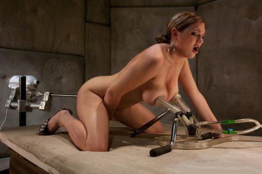 「搾乳機」は決してエロではありません!っていう女の画像。(102枚)・7枚目