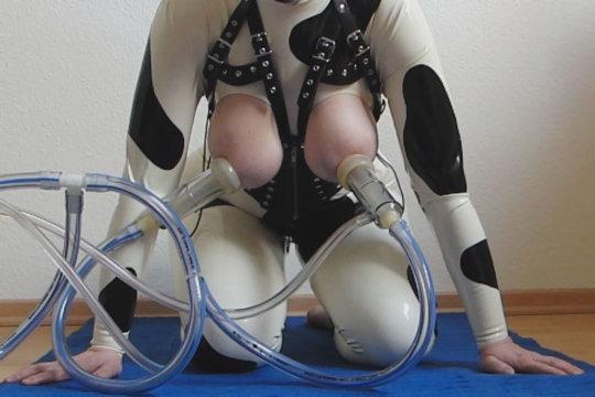 「搾乳機」は決してエロではありません!っていう女の画像。(102枚)・28枚目