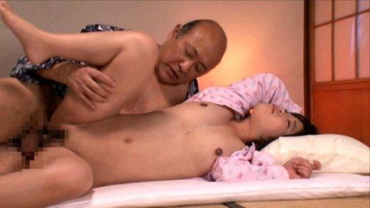 【セックス画像】ドン引きする年の差男女のセックス風景。ちょっとヤバいわ・・・(画像あり)・103枚目