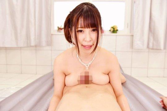 """【パイズリ画像】しっかりチンポをホールドしてくれる巨乳女子の""""技""""がこちらwwwww(162枚)・74枚目"""