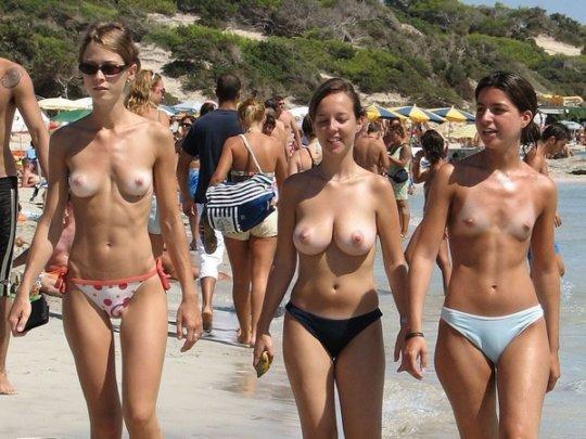 """""""ヌーディストビーチ""""でフェラ・セックスしてる女たち、ルールどうなってんの??(454枚)・164枚目"""