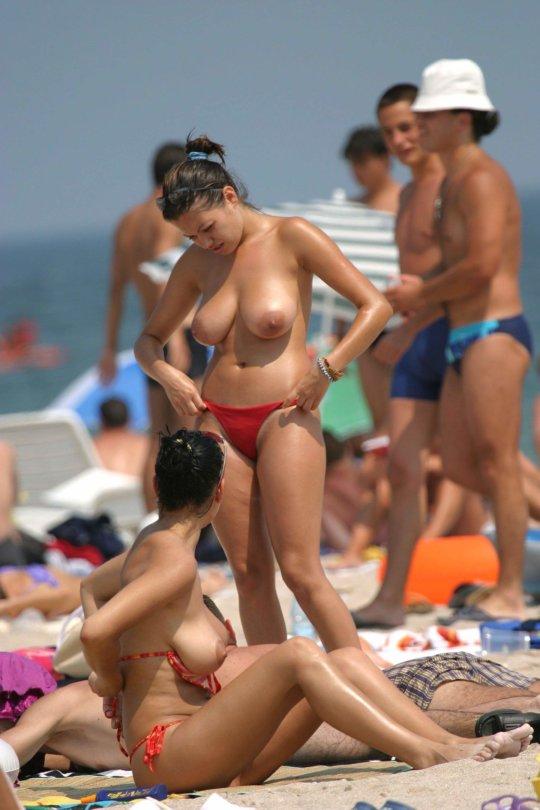 """""""ヌーディストビーチ""""でフェラ・セックスしてる女たち、ルールどうなってんの??(454枚)・175枚目"""