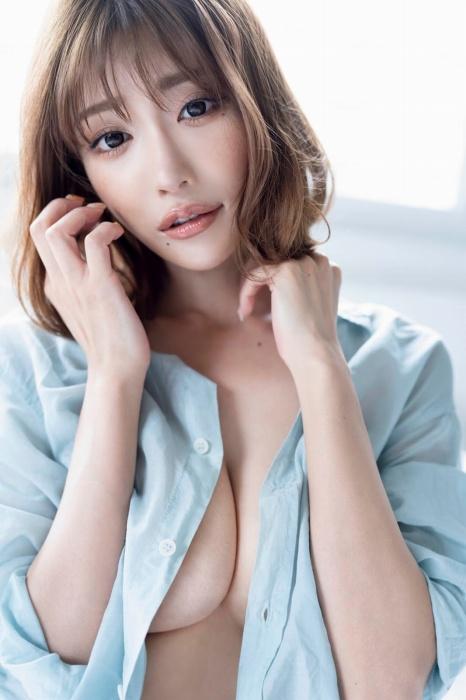 【明日花キララ】アップデートする度に顔が変わるセクシー女優をエロGIFでご覧ください(523枚)・31枚目
