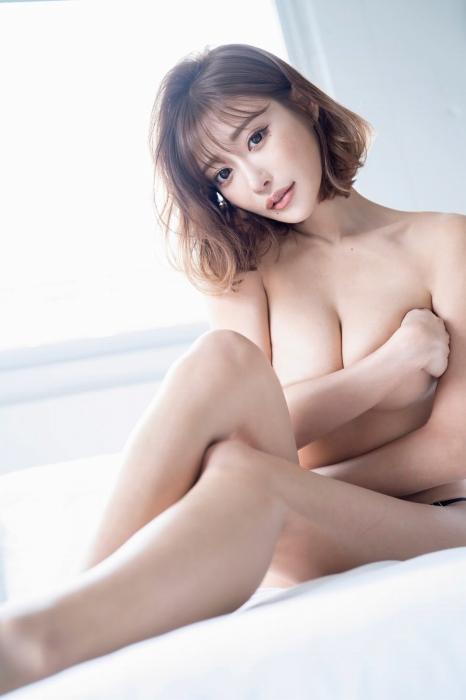 【明日花キララ】アップデートする度に顔が変わるセクシー女優をエロGIFでご覧ください(588枚)・112枚目
