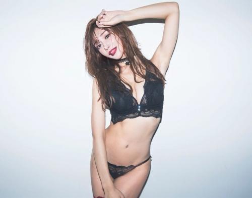 【明日花キララ】アップデートする度に顔が変わるセクシー女優をエロGIFでご覧ください(523枚)・48枚目
