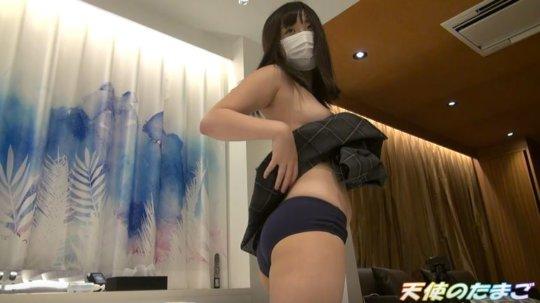 【※素人】完璧にチンポを責める巨乳な制服娘のエロ動画をご覧ください。・10枚目