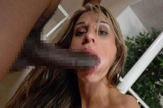 【巨根 gif 画像】男が嫉妬する糞デカチン外人のセックスGIFまとめ。。(GIF 画像136枚)・32枚目