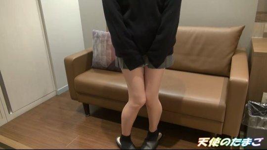 【ガチ学生】大人のチンポで悶絶する制服JKのエロ動画はこちら。・1枚目