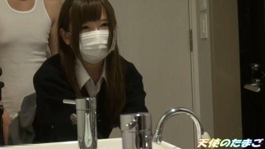 【ガチ学生】大人のチンポで悶絶する制服JKのエロ動画はこちら。・22枚目