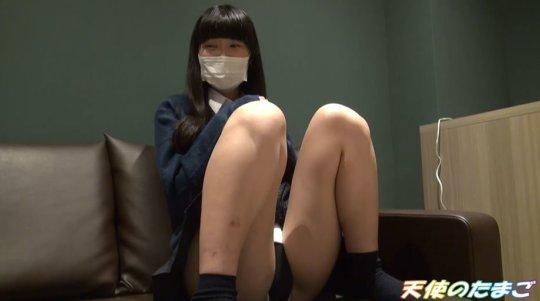 【※ガチ援○】綺麗なパイパンを晒してハメ撮りした女子学生さんです。。・2枚目