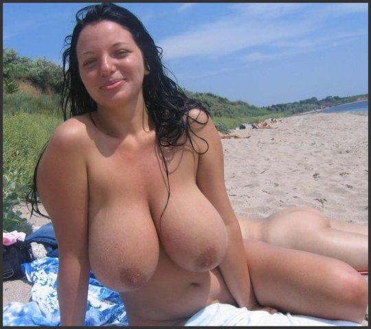 「ヌーディストビーチ」とかいう海外の楽園がガチで半端じゃないwwwwwww(エロ画像)・29枚目