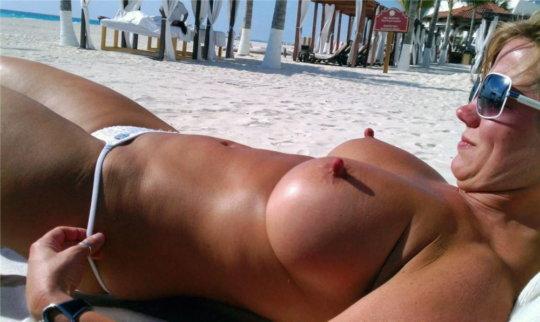「ヌーディストビーチ」とかいう海外の楽園がガチで半端じゃないwwwwwww(エロ画像)・45枚目