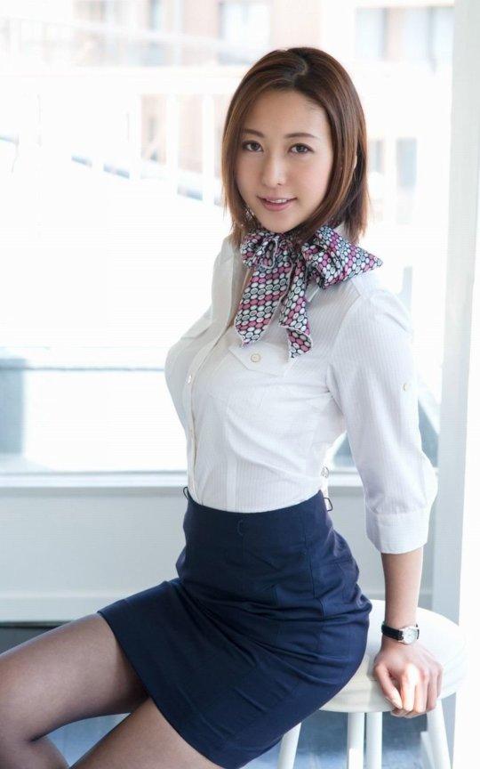 松下紗栄子(AV女優)熟女ジャンルで絶大な人気を誇る女がこちら。(50枚)・1枚目