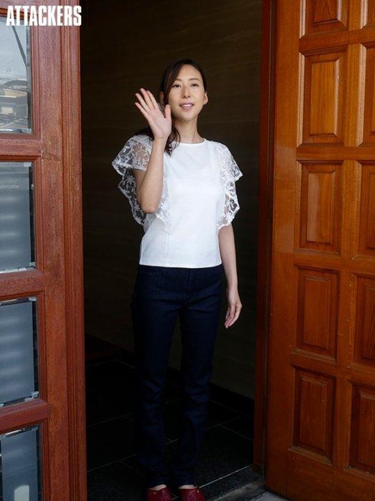 松下紗栄子(AV女優)熟女ジャンルで絶大な人気を誇る女がこちら。(50枚)・16枚目