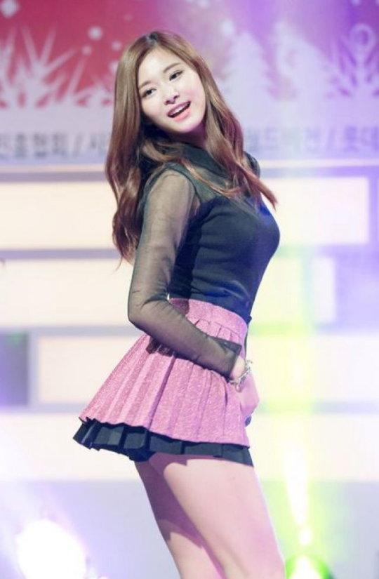 「韓国 エロ」って検索した結果。アイドルのエロダンスいっぱい出てきたwwwwwww(画像、GIFあり)・7枚目