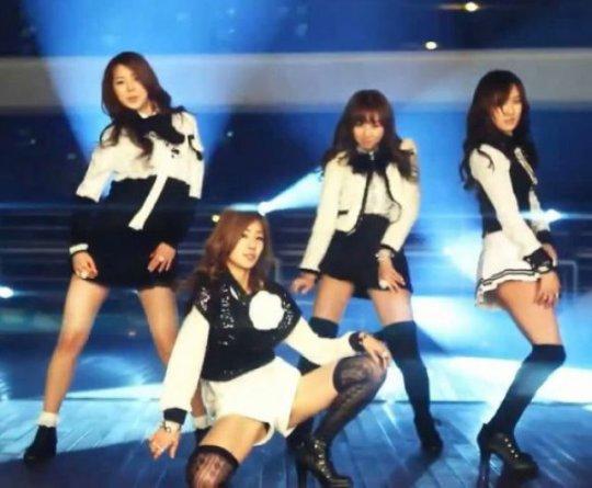 「韓国 エロ」って検索した結果。アイドルのエロダンスいっぱい出てきたwwwwwww(画像、GIFあり)・26枚目
