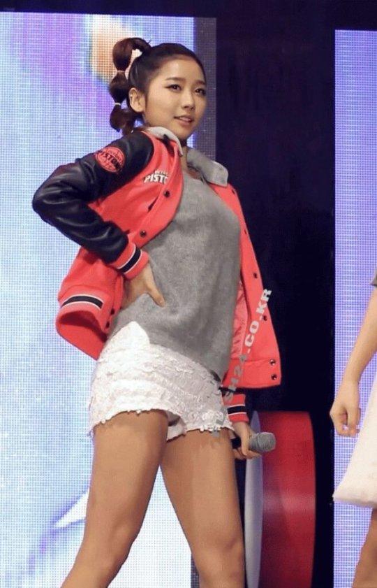 「韓国 エロ」って検索した結果。アイドルのエロダンスいっぱい出てきたwwwwwww(画像、GIFあり)・27枚目