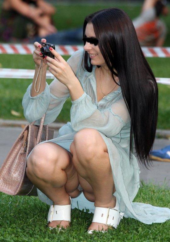 【ミニスカ】短いスカートのパンツモロ見え女さんがこちらですwwww(60枚)・34枚目
