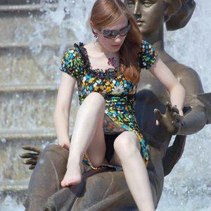 【ミニスカ】短いスカートのパンツモロ見え女さんがこちらですwwww(60枚)・52枚目