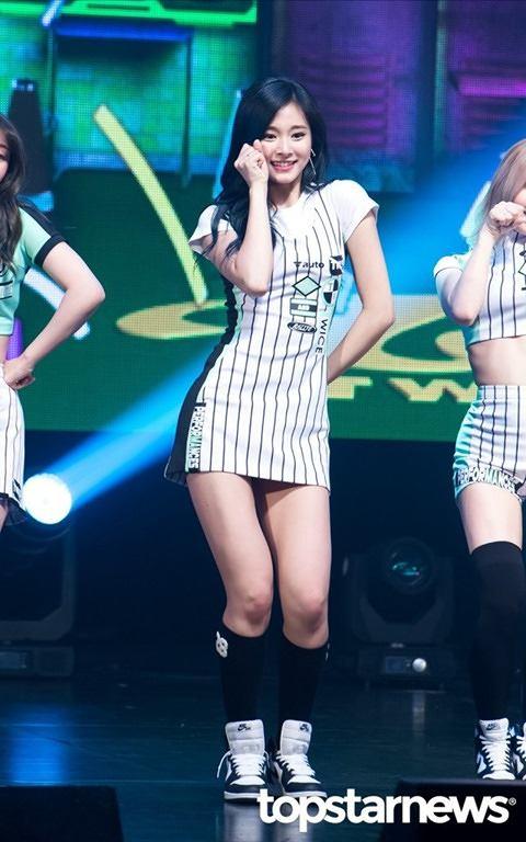 【TWICEエロ】エロさトップクラスの韓国アイドルグールプをご覧ください(101枚)・43枚目