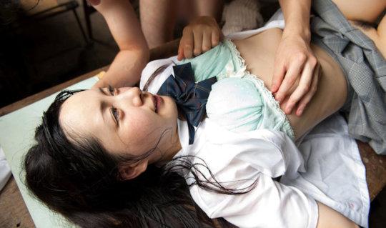 貧乳(ペチャパイ)の女さん、マニアたちの絶大な人気を得る。。(90枚)・33枚目
