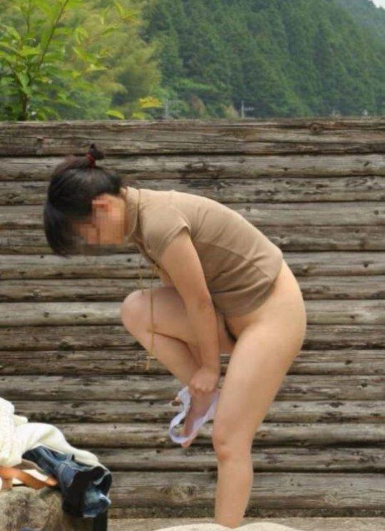 着替えを盗撮された女の子たち、出回るとか思わなかっただろう・・・(エロ画像)・28枚目