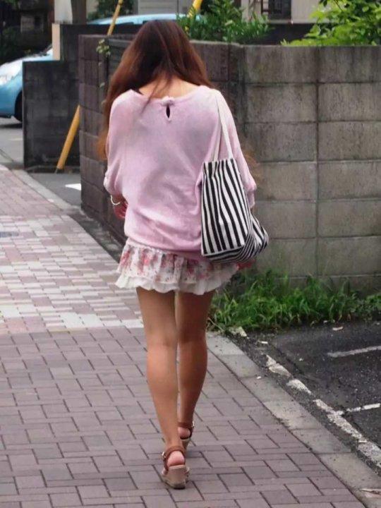 【美脚エロ】長い脚のキレイなお姉さんのエロ画像だけください。(110枚)・15枚目