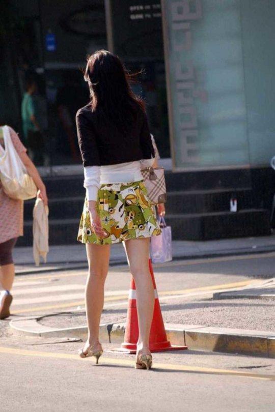 【美脚エロ】長い脚のキレイなお姉さんのエロ画像だけください。(110枚)・18枚目