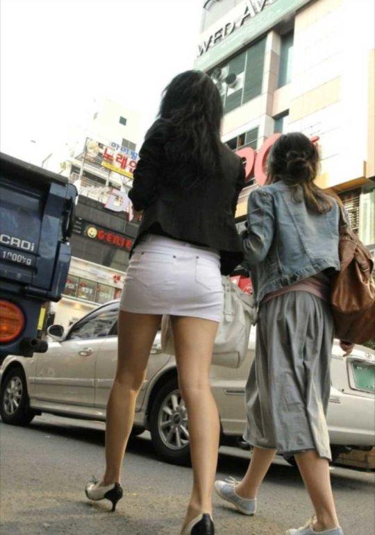 【美脚エロ】長い脚のキレイなお姉さんのエロ画像だけください。(110枚)・25枚目